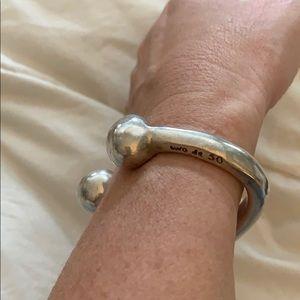 UNO de 50 Jewelry - Uno de 50 sterling silver cuff bangle